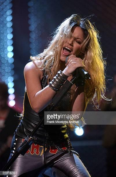 Shakira performing on the 2002 mtvICON show honoring Aerosmith at Sony Studios in Los Angeles, Ca., 4/14/02. Photo by Frank Micelotta/ImageDirect.