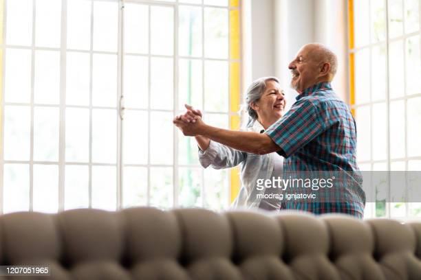 shall we dance forever? - terceira idade imagens e fotografias de stock