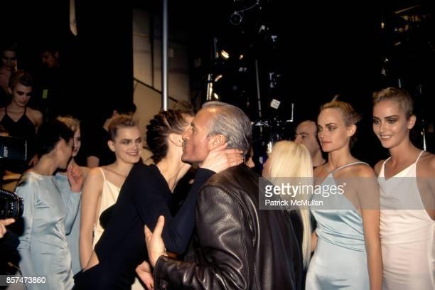 Shalom Harlow Guinevere van Seenus Amber Valletta Gianni Versace Donatella Versace Versus fashion show Bryant Park NYC March 26 1996