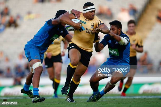 Shambeckler Vui of the Western Force is tackled during the round six Super Rugby match between the Blues and the Force at Eden Park on April 1 2017...