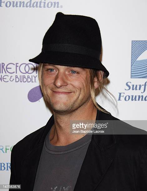 Shane Anderson arrives at The Surfrider Foundation's 25th Anniversary Gala at the California Science Center's Wallis Annenberg Building on October 9...