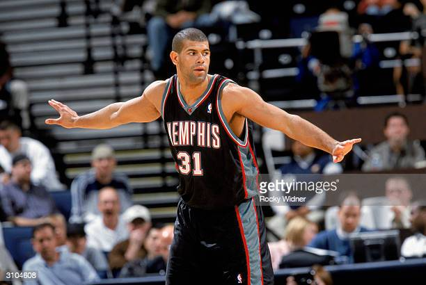 Shane Battier of the Memphis Grizzlies watches for the ball during the NBA game against the Golden State Warriors at The Arena in Oakland on March 7...