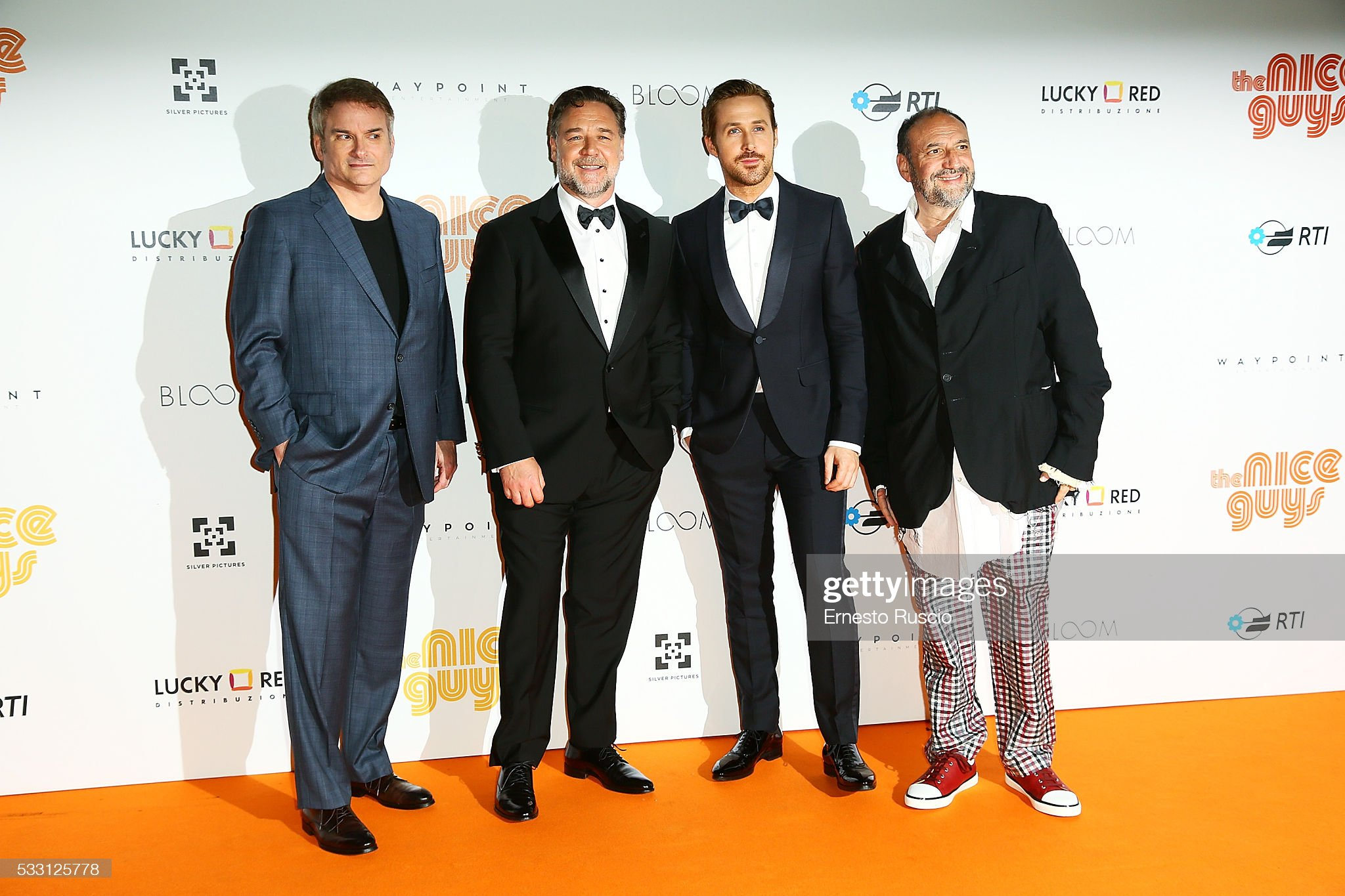 ¿Cuánto mide Russell Crowe? - Real height Shane-black-russell-crowe-ryan-gosling-and-joel-silver-attend-the-the-picture-id533125778?s=2048x2048