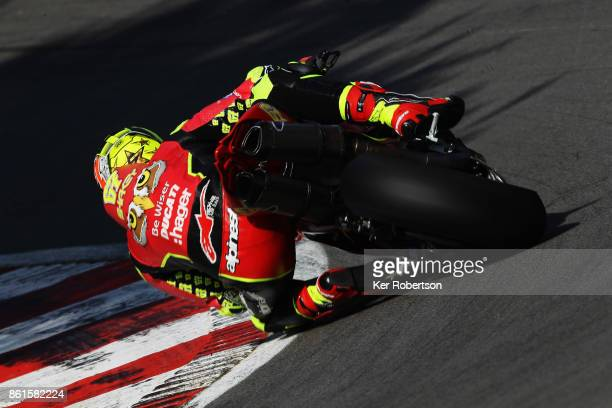 Shane Byrne of Be Wiser Ducati Racing Team rides during race two of the British Superbike Championship finale at Brands Hatch on October 15, 2017 in...