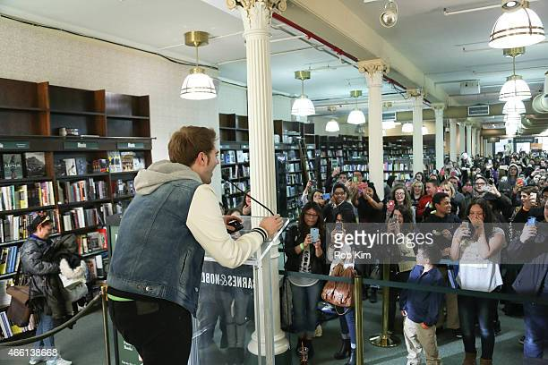 Shane Dawson talks to fans on stage to promote his new book I Hate Myselfie A Collection of Essays by Shane Dawson at Barnes Noble Union Square on...