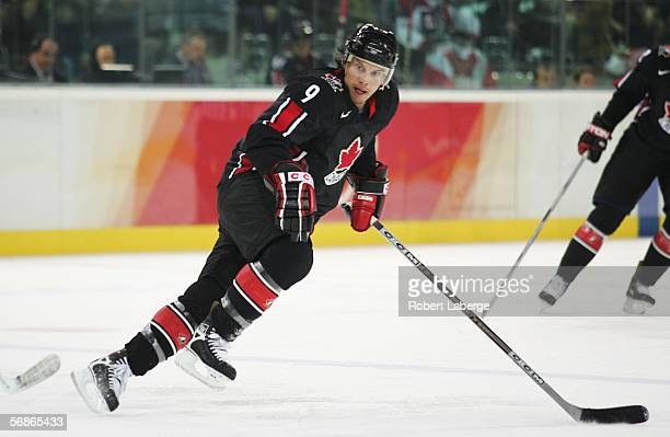 Shane Doan of Canada in action during the men's ice hockey Preliminary Round Group A match between Canada and Germany during Day 6 of the Turin 2006...