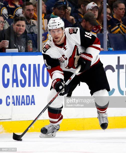 Shane Doan of the Arizona Coyotes during the game against the Buffalo Sabres at the KeyBank Center on March 2 2017 in Buffalo New York Sabres beat...