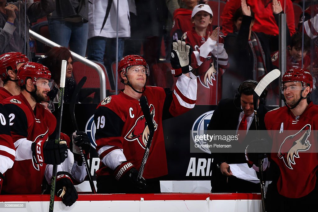 Shane Doan #19 of the Arizona Coyotes waves to the fans after the annoucenment of his franchise leading 930th point registered during the second period of the NHL game against the Calgary Flames at Gila River Arena on February 12, 2016 in Glendale, Arizona. The Coyotes defeated the Flames 4-1.