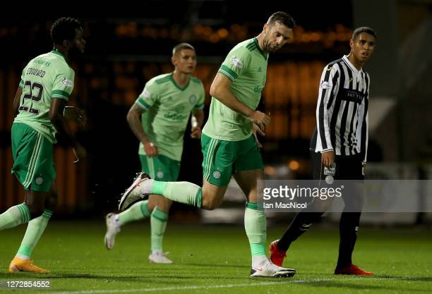 Shane Duffy of Celtic celebrates after scoring his team's first goal during the Ladbrokes Scottish Premiership match between St. Mirren and Celtic at...