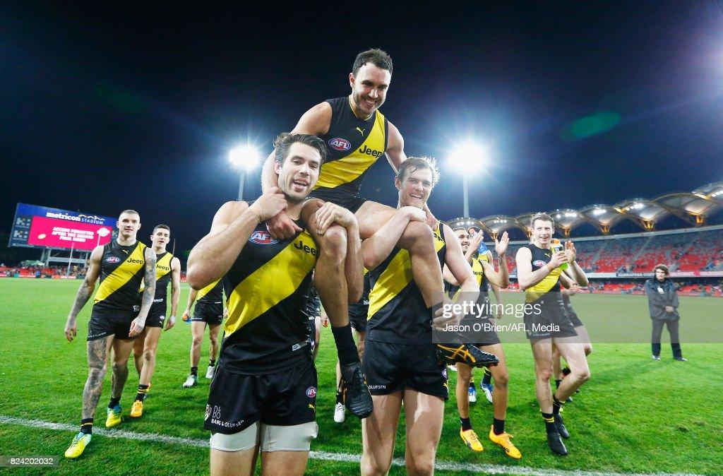 AFL Rd 19 - Gold Coast v Richmond : ニュース写真