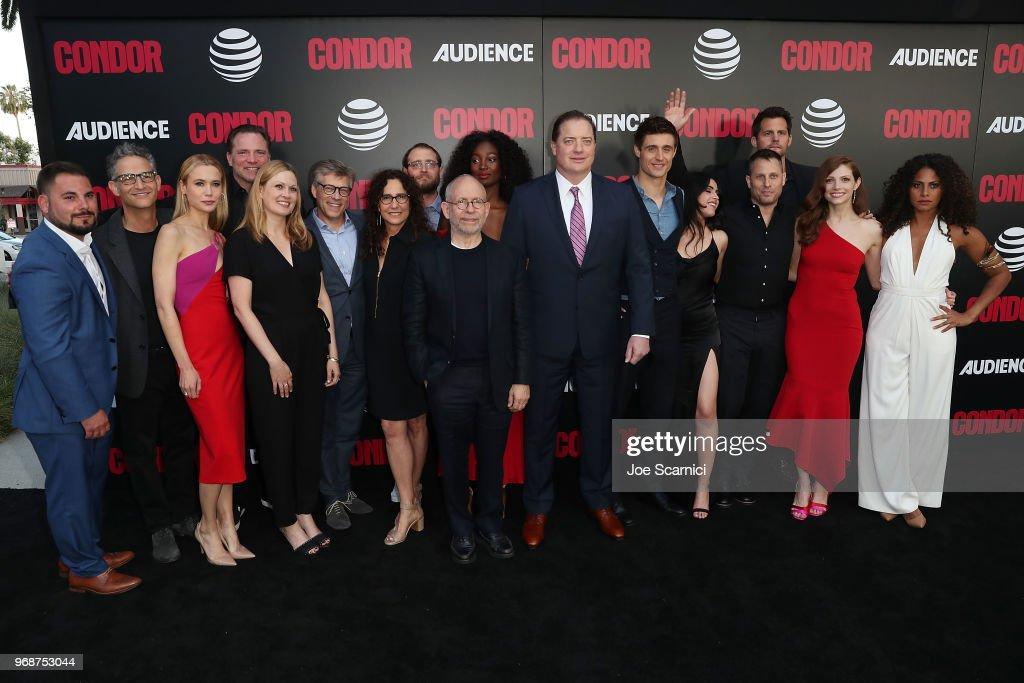 """AT&T AUDIENCE Network Premiere Of """"CONDOR"""" : Fotografía de noticias"""
