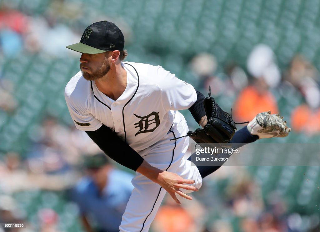 Shane Greene #61 of the Detroit Tigers pitches against the Chicago White Sox during the ninth inning at Comerica Park on May 27, 2018 in Detroit, Michigan. The Tigers defeated the White Sox 3-2.