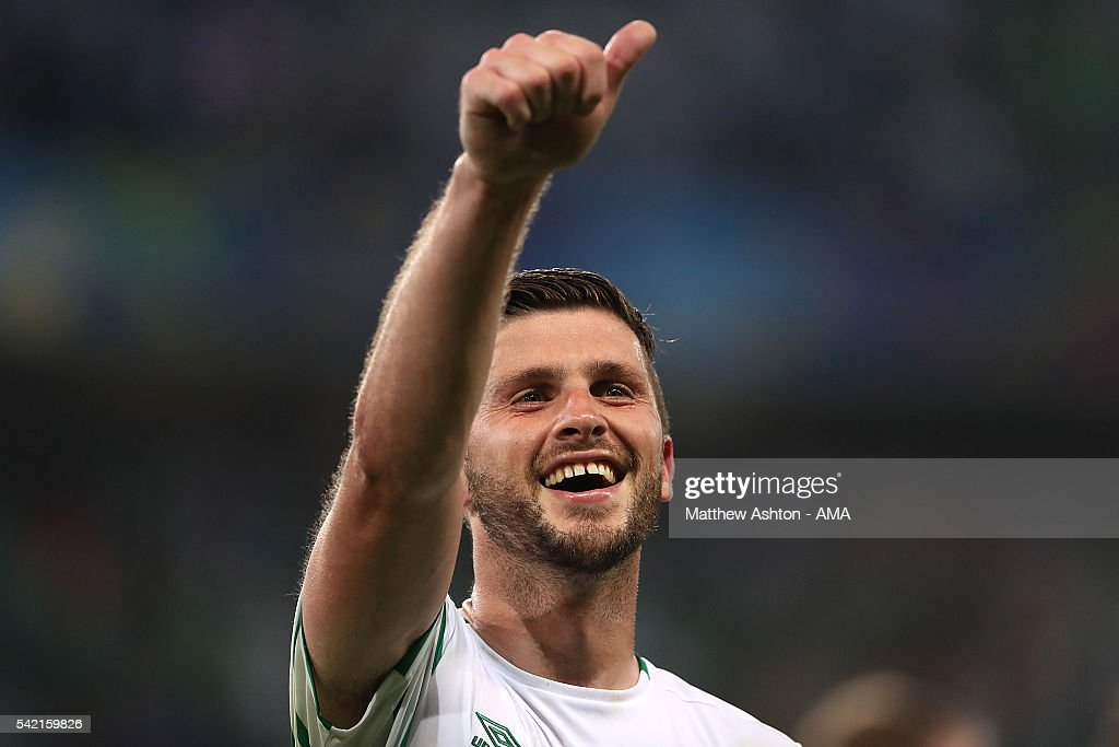 Shane Long of Ireland celebrates at the end of the UEFA EURO 2016 Group E match between Italy and Republic of Ireland at Stade Pierre-Mauroy on June 22, 2016 in Lille, France.