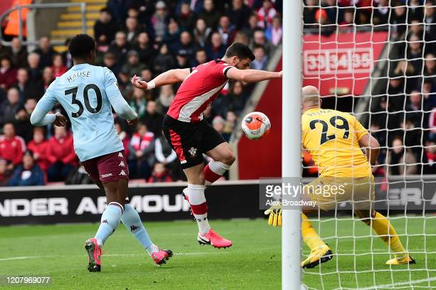 Shane Long of Southampton scores his team's first goal during the Premier League match between Southampton FC and Aston Villa at St Mary's Stadium on...