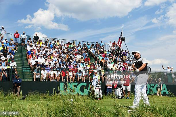 Shane Lowry of Ireland plays his shot from the third tee during the final round of the US Open at Oakmont Country Club on June 19 2016 in Oakmont...