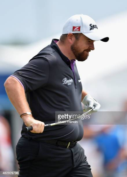Shane Lowry of Republic of Ireland reacts to a missed putt on the eighth green during the second round of The 143rd Open Championship at Royal...