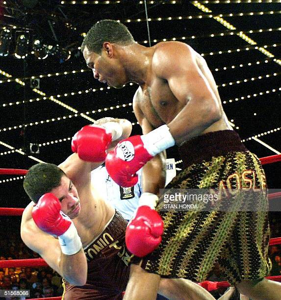 Shane Mosley knocks down Mexican Antonio Diaz in the first round of their welterweight title fight at Madison Square Garden in New York 04 November...