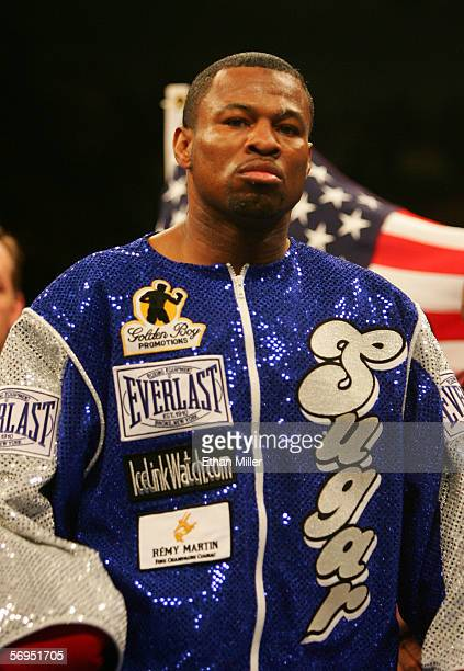 Shane Mosley stands in front of the United States flag before his fight against Fernando Vargas in the junior middleweight fight at the Mandalay Bay...