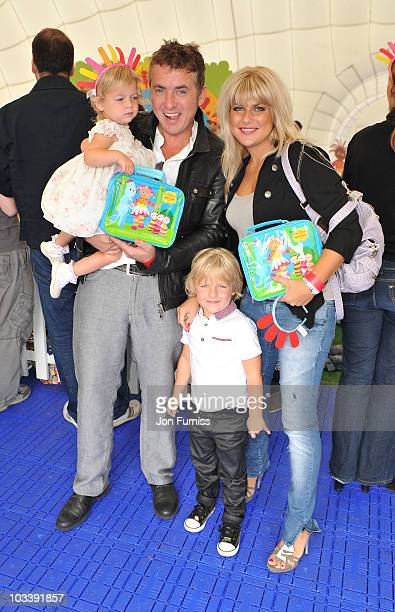 Shane Richie and Christie Goddard and children attend In The Night GardenLive at the O2 on August 15 2010 in London England