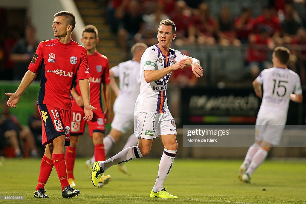 Shane Smeltz of Perth asks the referee how much time is left during the round 16 A-League match between Adelaide United and the Perth Glory at Hindmarsh Stadium on January 11, 2013 in Adelaide, Australia.