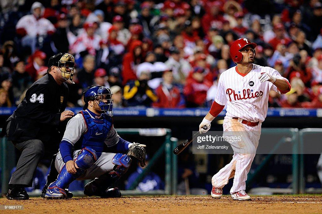 Los Angeles Dodgers v Philadelphia Phillies, Game 3