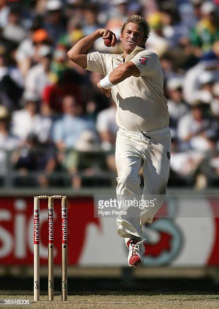 Shane Warne of Australia bowls during day two of the First Test between Australia and South Africa played at the WACA December 17, 2005 in Perth,...