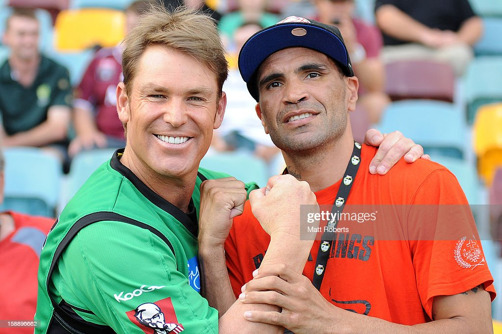 Shane Warne of the Stars and Anthony Mundine pose for a photograph before the Big Bash League match between the Brisbane Heat and the Melbourne Stars at The Gabba on January 3, 2013 in Brisbane, Australia.