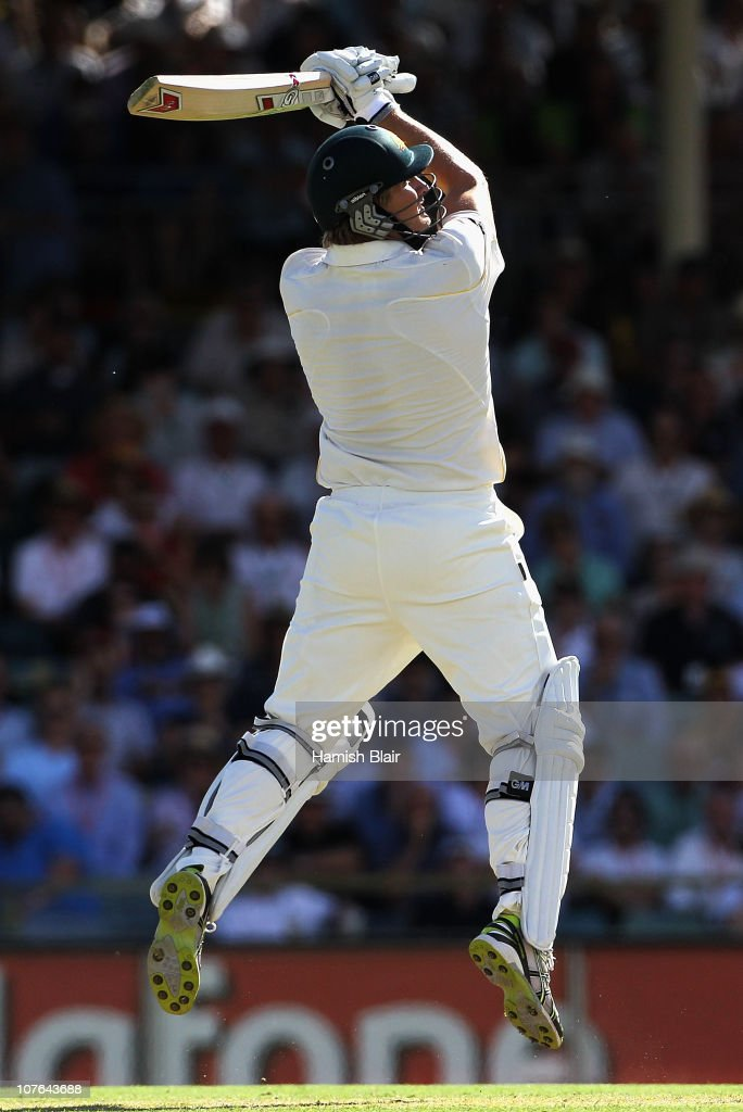 Shane Watson of Australia cuts during day two of the Third Ashes Test match between Australia and England at the WACA on December 17, 2010 in Perth, Australia.