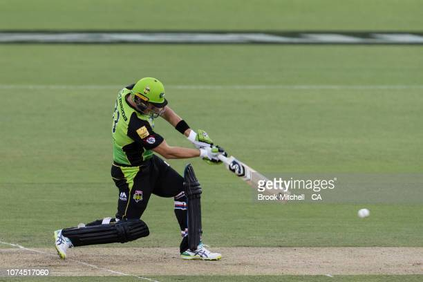 Shane Watson of the Sydney Thunder bats during the Sydney Thunder v Melbourne Stars Big Bash League Match at Manuka Oval on December 21 2018 in...