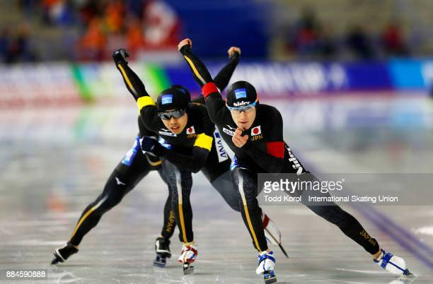 Shane Williamson leads teammates Ryosuke Tsuchiya and Shota Nakamura to a second place finish in the men's team pursuit during the ISU World Cup...