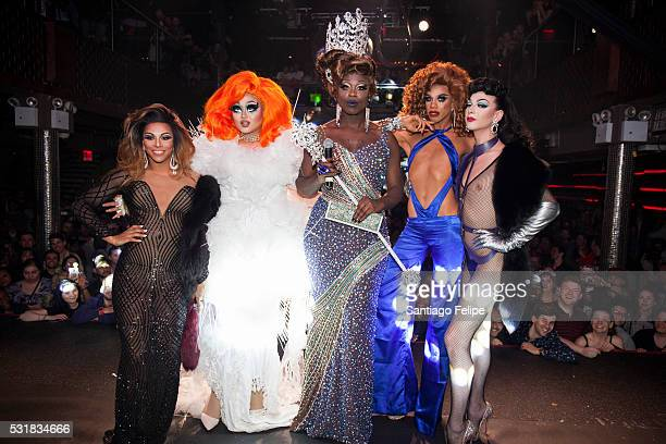 Shangela Laquifa Wadley Kim Chi Bob The Drag Queen Naomi Smalls and Violet Chachki onstage during RuPaul's Drag Race Season 8 Finale Party at Stage...