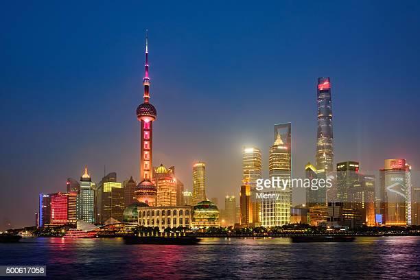 shanghai bei nacht - mlenny stock-fotos und bilder