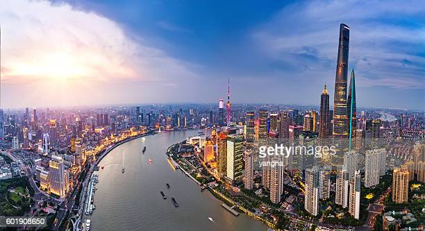 shanghai bund skyline panorama - shanghai stock pictures, royalty-free photos & images