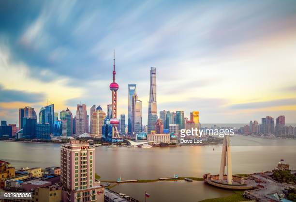 shanghai cityscape - oriental pearl tower shanghai stock pictures, royalty-free photos & images