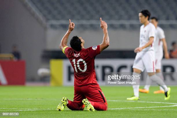 Shanghai FC Forward Hulk celebrates scoring his goal during the AFC Champions League Round of 16 match between Shanghai SIPG v Kashima Antlers at the...