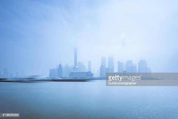 shanghai fog - dust storm stock pictures, royalty-free photos & images