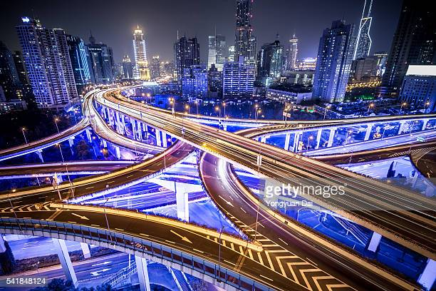 Shanghai Highway por la noche
