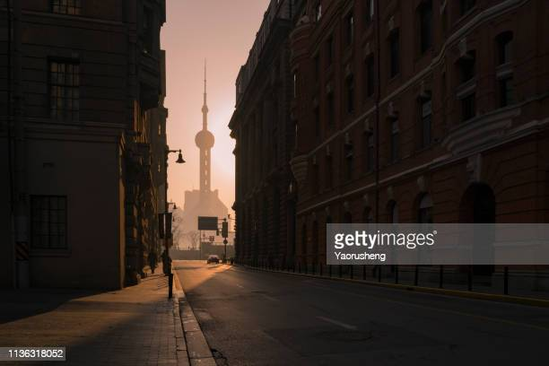 shanghai morning,street view - shanghai stock pictures, royalty-free photos & images