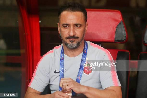 Shanghai SIPG head coach Vitor Pereira looks on during the AFC Champions League quarterfinal 1st leg match between Shanghai SIPG and Urawa Red...