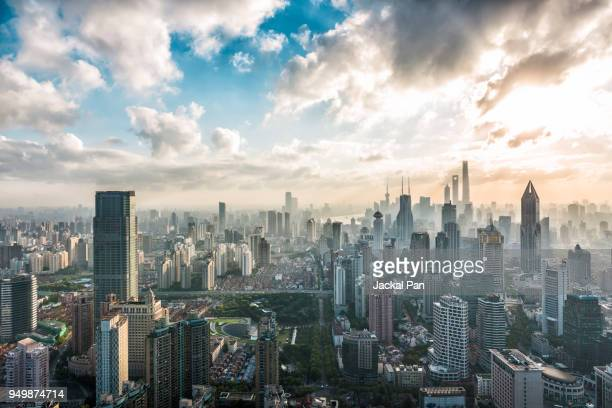 shanghai skyline at sunrise - east asia stock pictures, royalty-free photos & images
