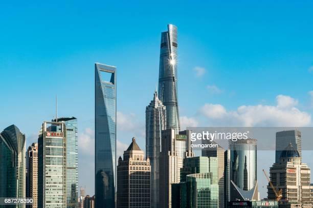 shanghai skyline - shanghai world financial center - fotografias e filmes do acervo