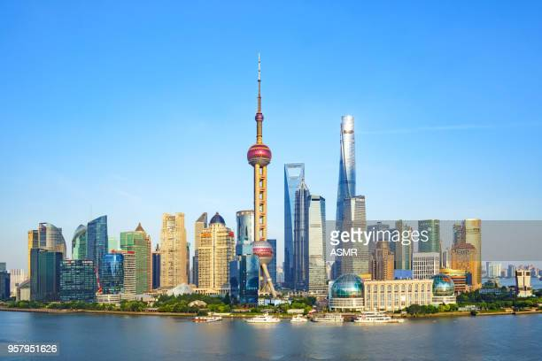 shanghai skyline - oriental pearl tower shanghai stock pictures, royalty-free photos & images