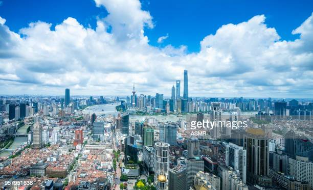 shanghai skyline - huangpu river stock pictures, royalty-free photos & images