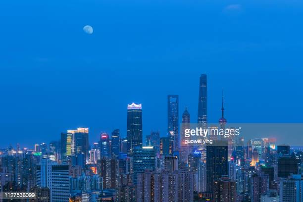 shanghai skyscrapers under the night - 塔 stock pictures, royalty-free photos & images