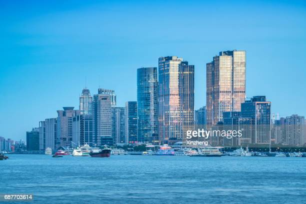 shanghai, the bund, financial district skyline including huangpu river - wide shot stock pictures, royalty-free photos & images