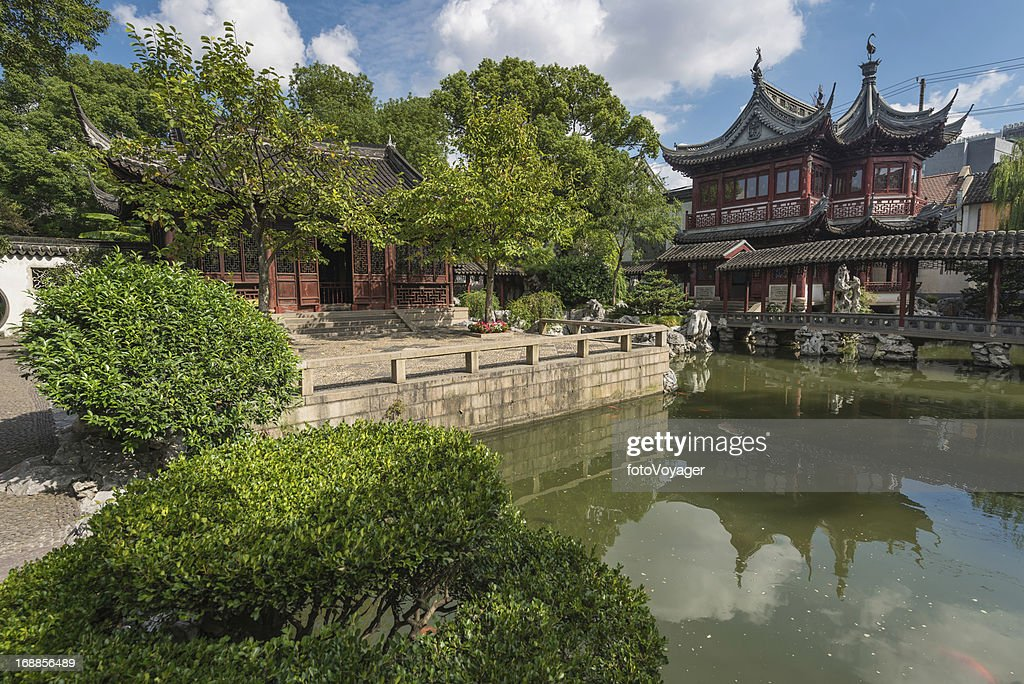 Shanghai Yuyuan Garden Traditional Pagoda Temples China ...