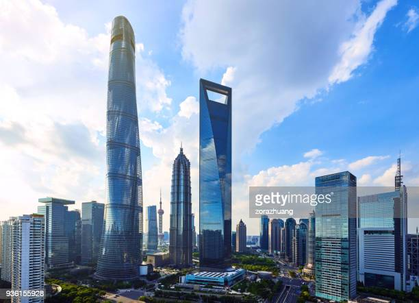 shanghai's lujiazui financial district, china - shanghai tower shanghai stock pictures, royalty-free photos & images