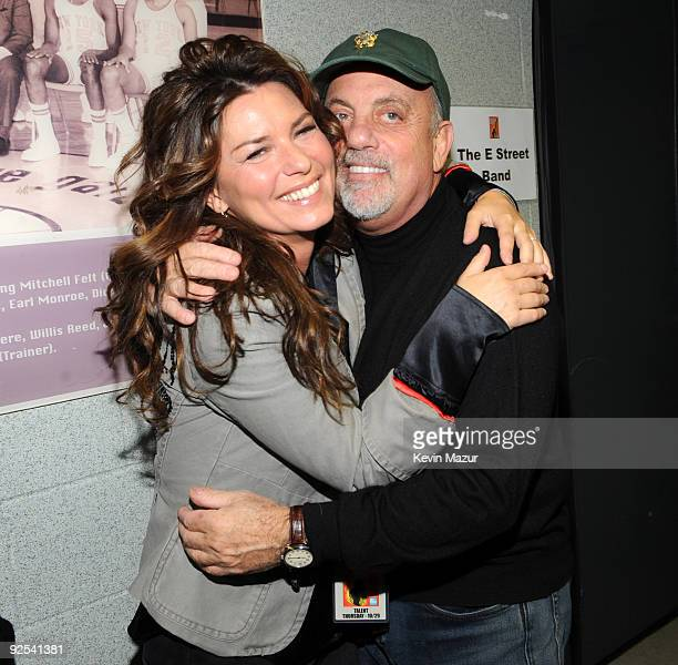 NEW YORK OCTOBER 29 *EXCLUSIVE* Shania Twain and Billy Joel attends the 25th Anniversary Rock Roll Hall of Fame Concert at Madison Square Garden on...