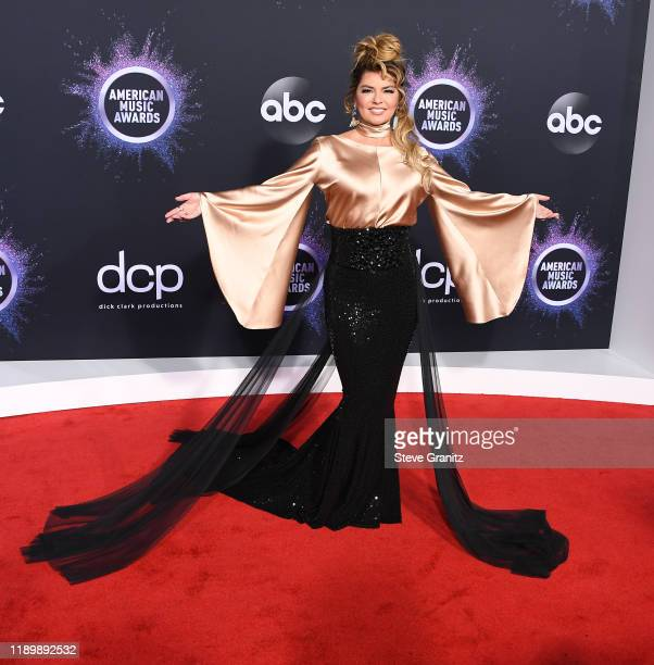 Shania Twain arrives at the 2019 American Music Awards at Microsoft Theater on November 24, 2019 in Los Angeles, California.