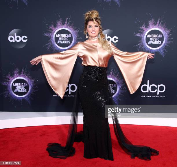 Shania Twain attends the 2019 American Music Awards at Microsoft Theater on November 24 2019 in Los Angeles California